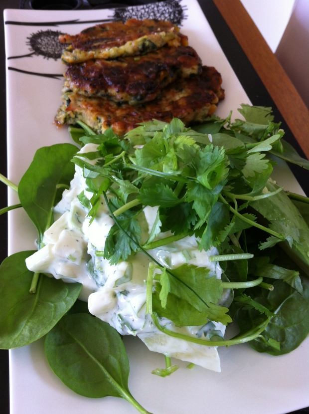 Corn and Spinach Fritters w/ Baby Spinach salad and Garlic and cucumber Yogurt | On a Jam Hunt Blog