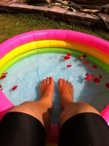Cooling Feet | On a Jam Hunt Blog